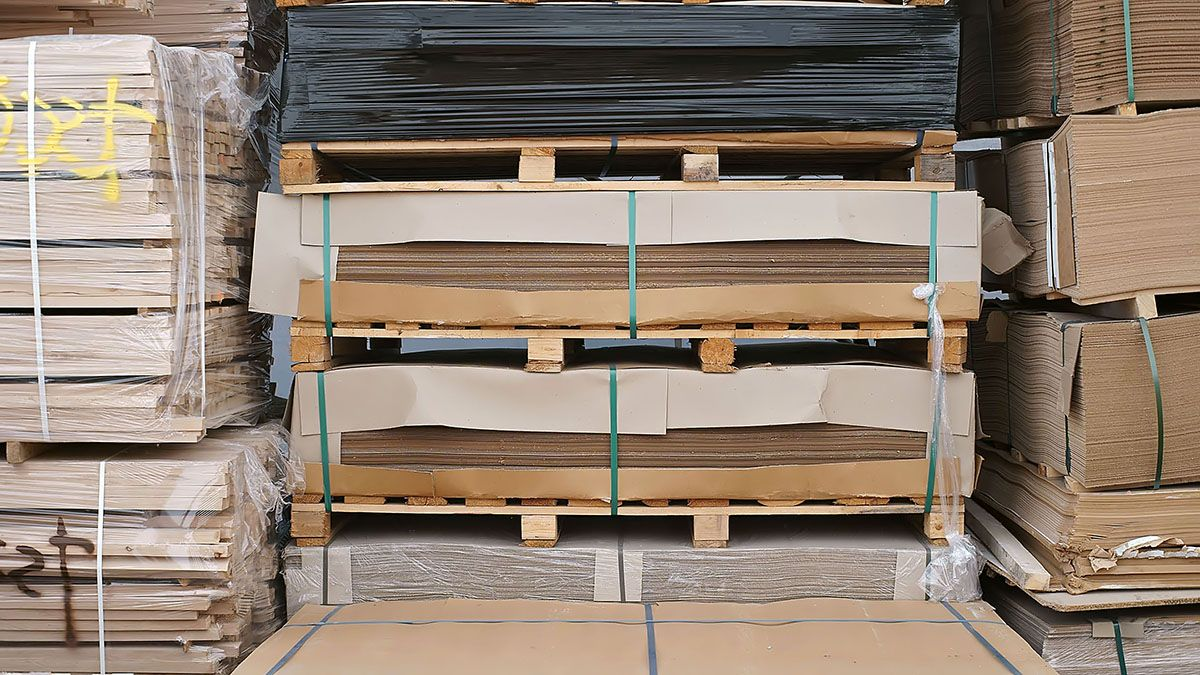 FIBREBOARD, PARTICLE BOARD, PLYWOOD